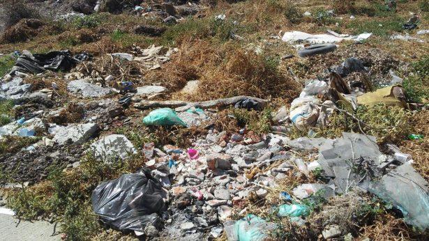 Aplican multas por tirar basura en calles