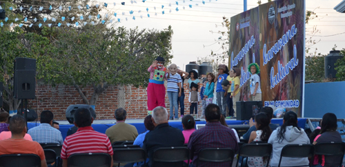 """La """"Caravana Cultural"""" llegó a Huitzatarito"""