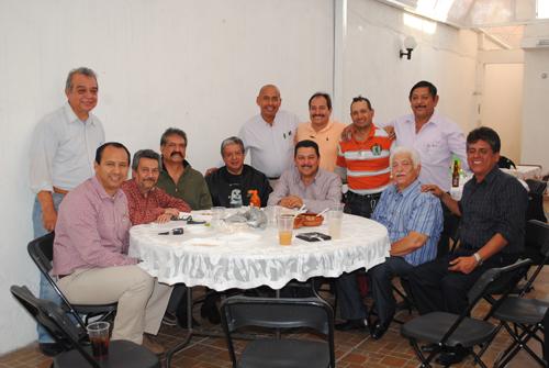 """Club de """"Abogados y Amigos"""" se reúnen"""