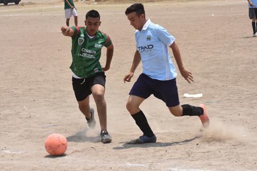 UNAM se impone 5-4 a Cachorros