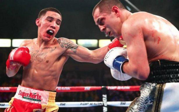 Con todo y mandíbula rota, Oscar Valdez retuvo su título mundial