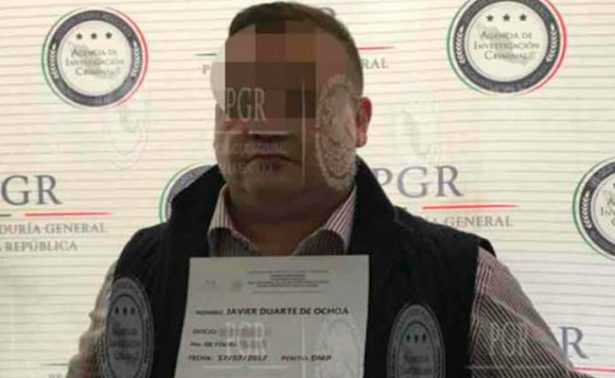 Suspenden dos órdenes de aprehensión contra Javier Duarte