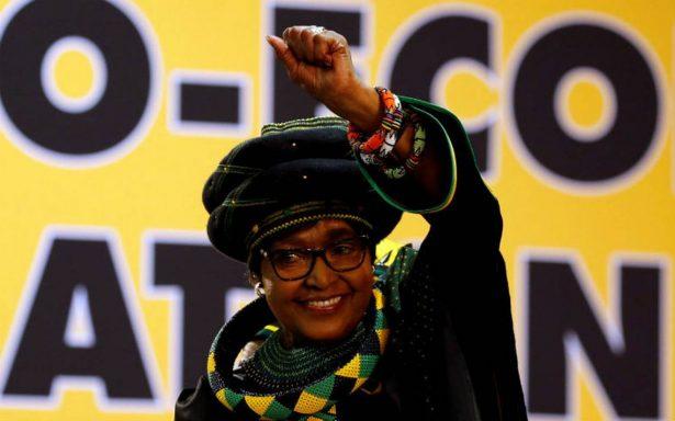 Muere la política y activista contra el apartheid, Winnie Mandela