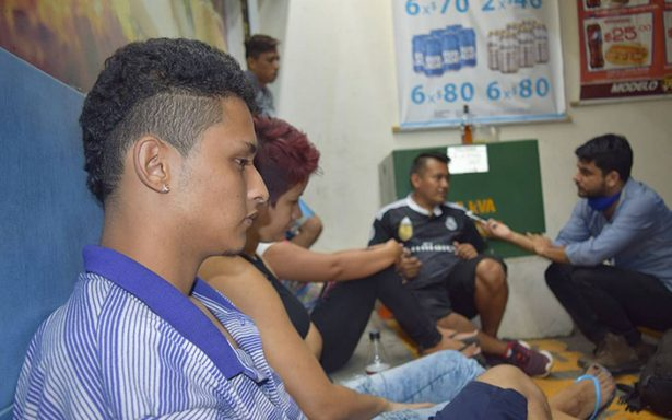 Salvadoreños huyen de la violencia, pero en México padecen hambre