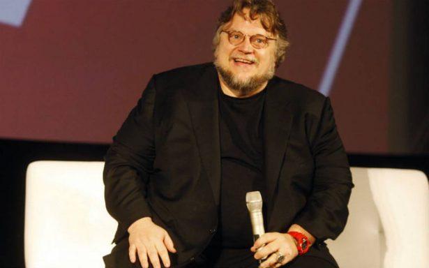 Es como recontar la historia de 'La Bella y la Bestia', dice Del Toro sobre su nueva película