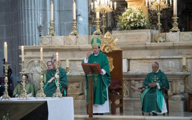 Iglesia demanda a clase política no lucrar con tragedia y en verdad ser austeros