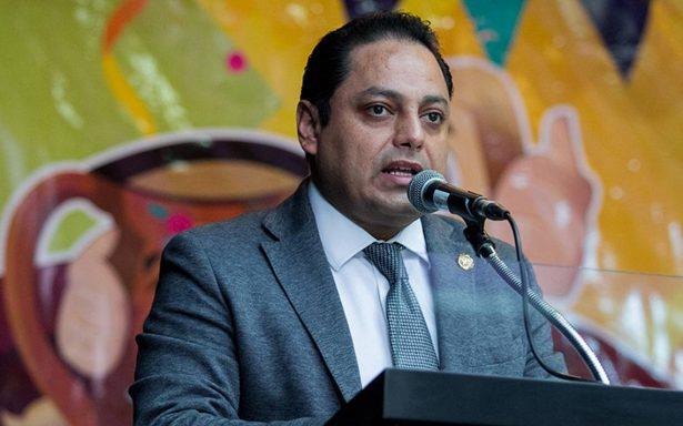 Solicita amparo exjefe delegacional de la Venustiano Carranza