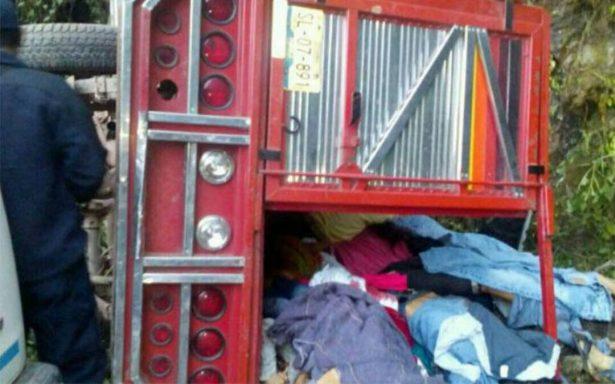 Accidente en carretera deja 11 muertos en sierra norte de Puebla