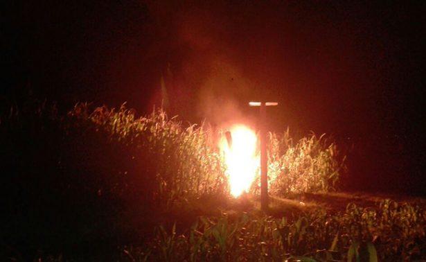 Huachicoleros dejaron ducto en llamas en Acambay