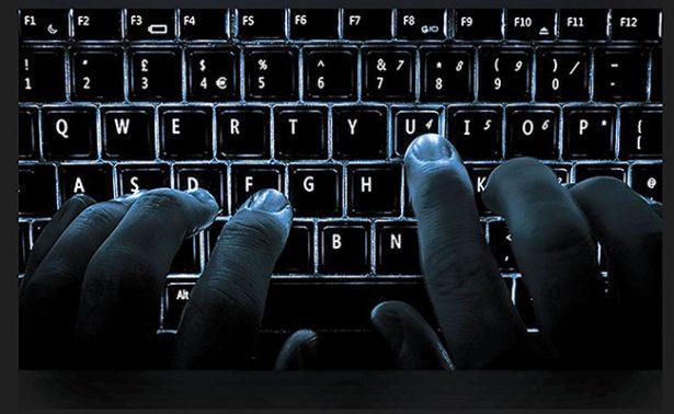 Conoce a la mujer que espía a los países del medio oriente por medio de Facebook