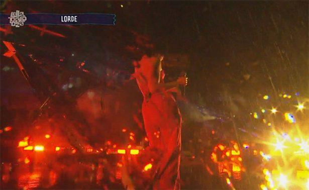 "Intensa tormenta ""derrumba"" al Lollapalooza"