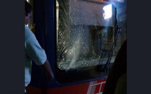 Menor se lanza a las vías del Metro en Monterrey