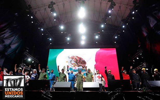 'Seguir luchando por el México que merecemos', el llamado en el Zócalo