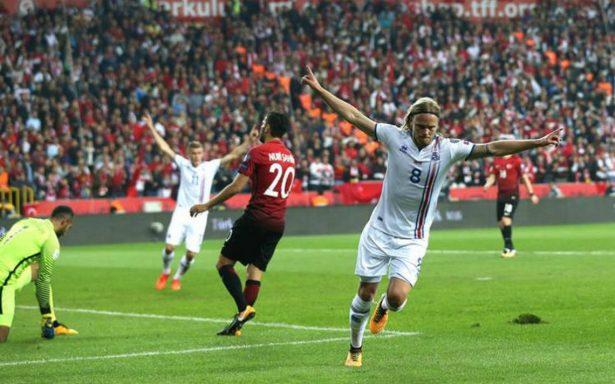Islandia ve más cerca que nunca el Mundial