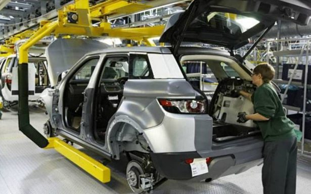 México logra récord de producción y exportación de autos en octubre
