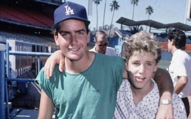 ¡Escándalo! Charlie Sheen niega acusaciones de abuso sexual