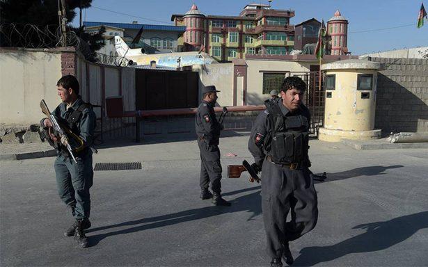Estado Islámico ataca televisora en centro de Kabul