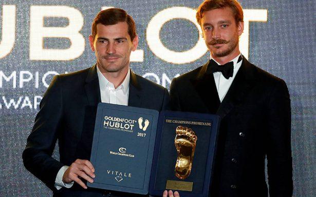 Ni Messi, ni CR7: Iker Casillas gana el Premio Golden Foot 2017