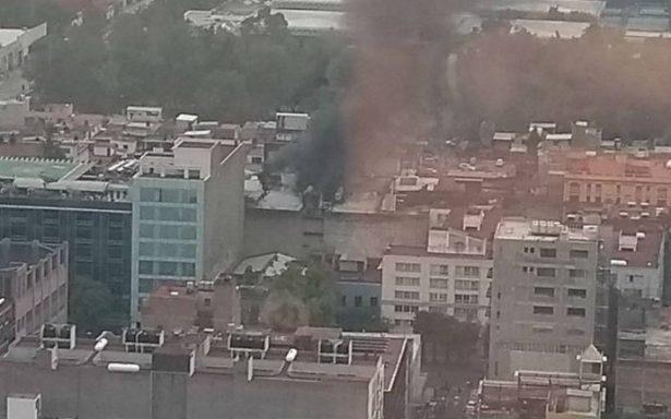 Se registra incendio en departamento de Ayuntamiento, Centro Histórico