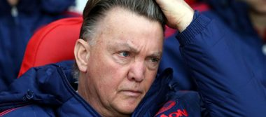 Louis van Gaal se retira del futbol por motivos familiares