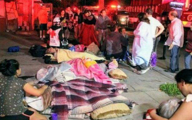 Fuego en asilo; mueren dos y se intoxican 15 ancianos y dos enfermeras