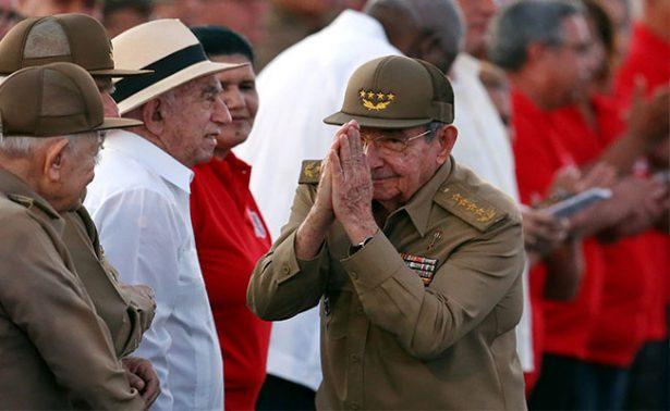 Con apoyo al gobierno de Maduro, Cuba celebra el Día de la Rebeldía Nacional