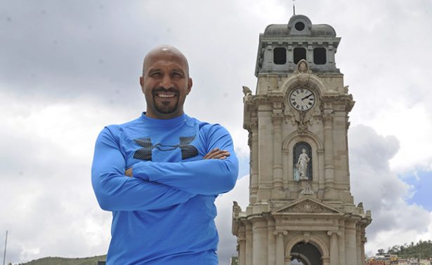 "Óscar ""Conejo"" Pérez cumple 726 partidos en Primera División"