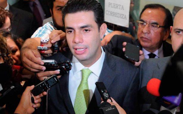 Jesús Sesma revela robo de celular ¡en la Cámara de Diputados!