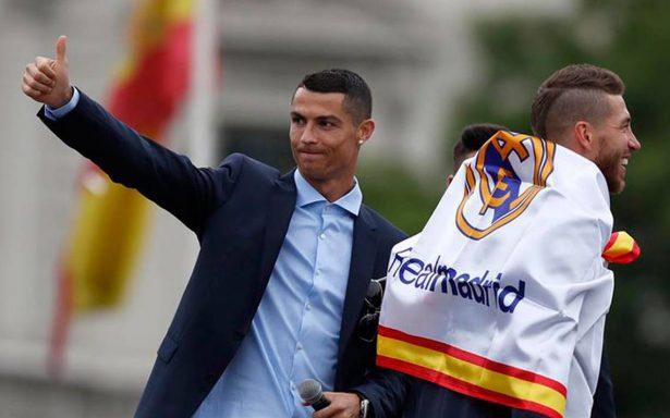 """Cristiano Ronaldo da esperanzas al Real Madrid: """"Gracias chicos, hasta el próximo año"""""""