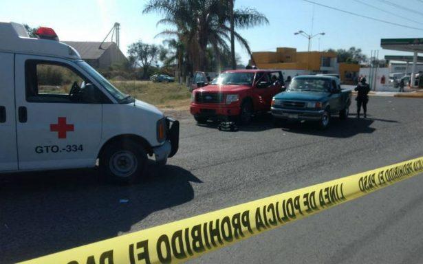 Comando rafaguea gasolinera en Penjamo; hay tres muertos