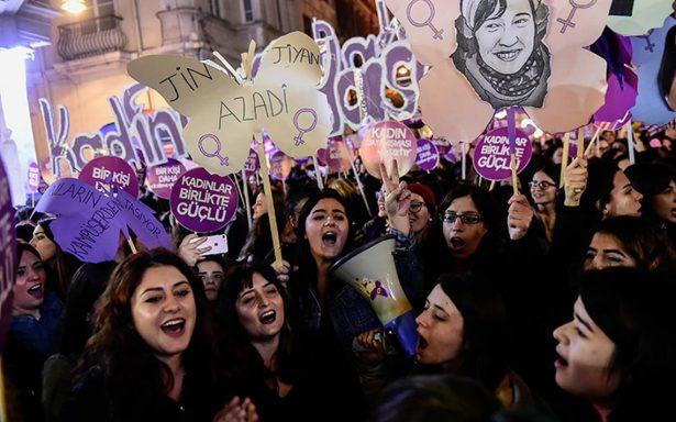 Manifestaciones en todo el mundo con motivo del Día Internacional para la Eliminación de la Violencia contra la Mujer