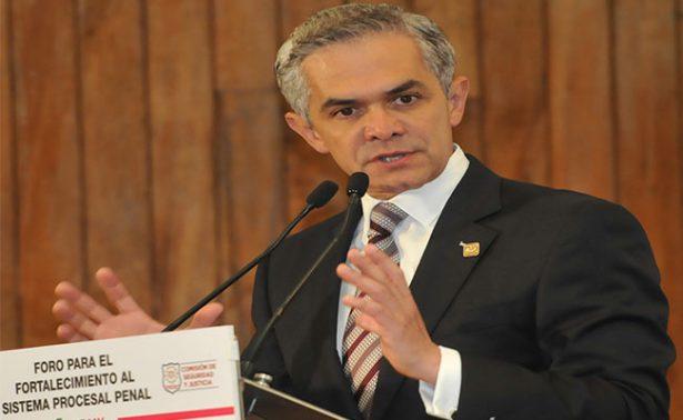 Miguel Ángel Mancera, celebró la aprobación de la Ley de Reconstrucción en la Asamblea Legislativa