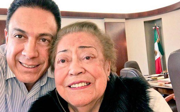 Fallece la madre de Omar Fayad, gobernador de Hidalgo