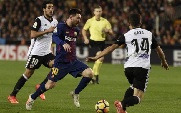 ¡Polémica! Barcelona rescata empate ante Valencia; no conceden gol a Messi