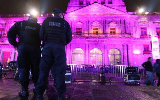 Despliegan operativo de seguridad en inmediaciones de Palacio de Minería