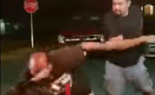 """[Video] """"Gringo"""" insulta a mexicanos, se salva de una golpiza y termina llorando"""