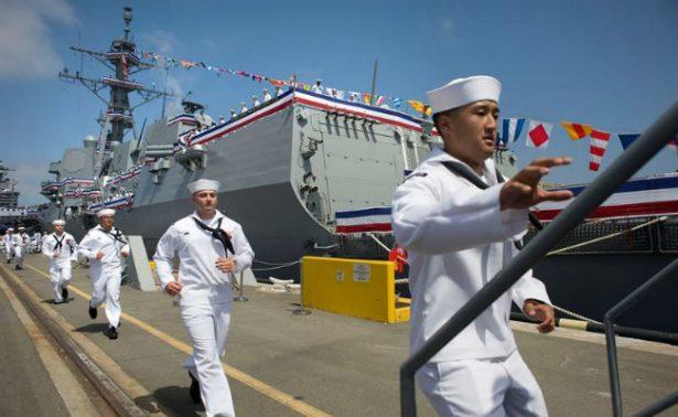 EU dedica buque de guerra a soldado de origen mexicano, Rafael Peralta