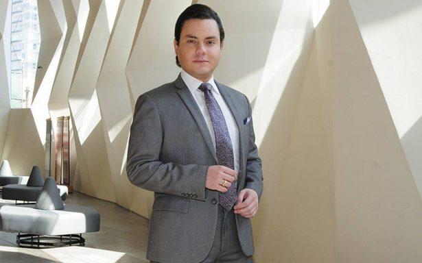 Manuel José dará voz al príncipe de la canción en bioserie