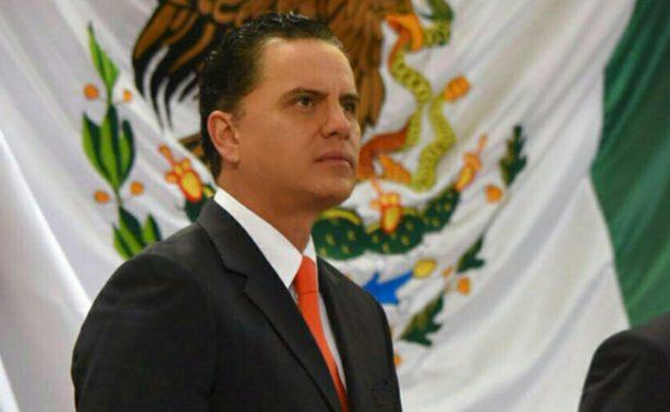 Roberto Sandoval aparece en Facebook y asegura que 'peleará por sus bienes'