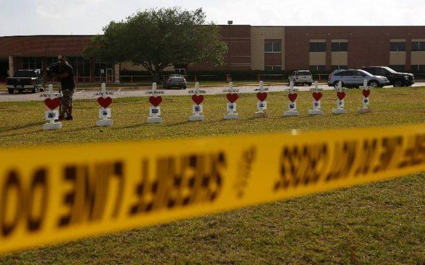 Colegios de Texas incrementan medidas de seguridad tras masacre