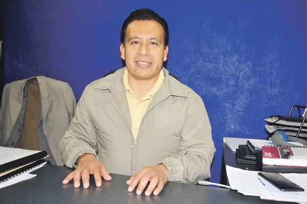 Entregó Herrera expedientes y avances del transporte