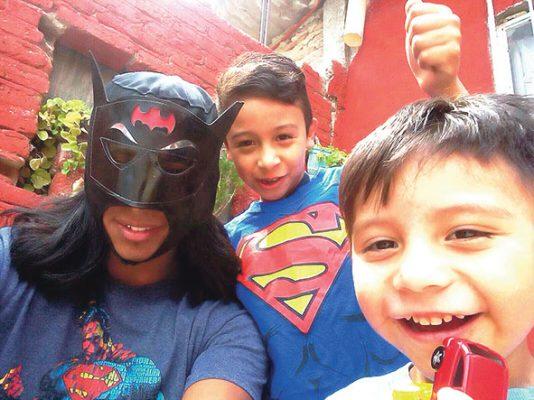 Óscar Plaza, orgulloso de sus hijos y esposa