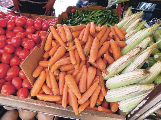 Aumentan precios de las verduras  por la sequía