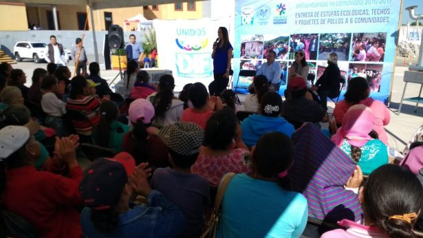Entrega DIF apoyos en seis comunidades de San Miguel