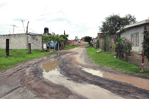 Esperan en El Becerro la pavimentación de cinco calles