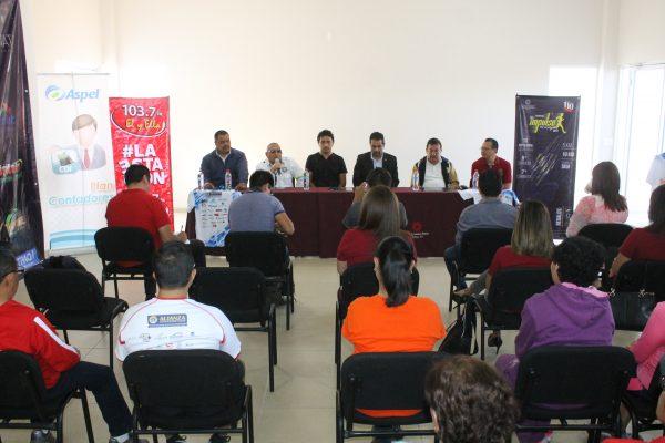 Presentan carrera del Colegio de Contadores Impulso por tu Salud