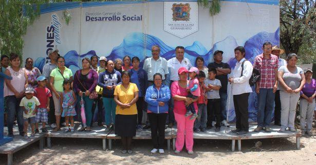 Desarrollo Social entrega 170 cuartos dormitorios