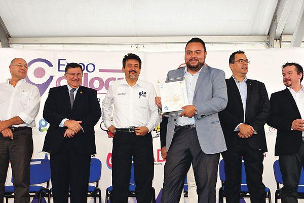 Promueven comercio local para fortalecer economía