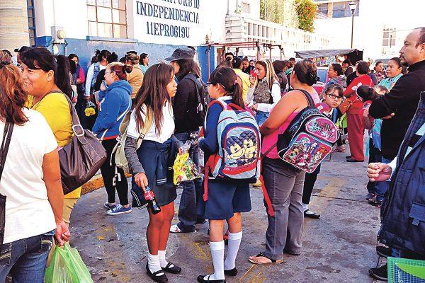 Inician clases el lunes más de 219 mil estudiantes en la región