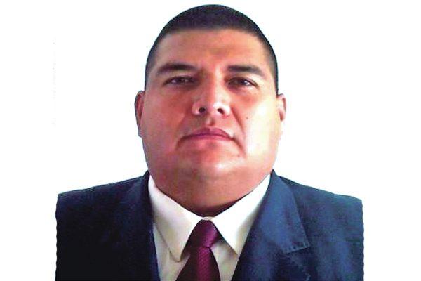 Juan José González releva a César Vázquez